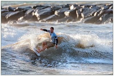 082414JTO_DSC_2936_Surfing-Vans Pro-Nathaniel Curran-Rd4 Heat 1