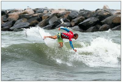 082314JTO__DSC0232_Surfing-Vans Pro-Brian Toth-Winner RD3 Heat 11