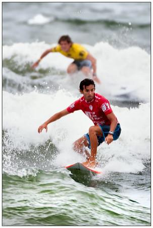 082314JTO_DSC_1970_Surfing-Vans Jr Pro-Derek Gomes and Cooper Chapman follow the leader