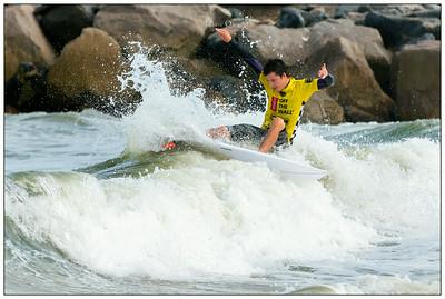 082314JTO__DSC0495_Surfing-Vans Pro-Jonah Carter-Rd3 3rd Heat 14