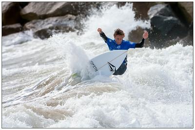 082314JTO_DSC_1629_Surfing-Vans Jr Pro-Noah Schweizer-rd3 2nd place Heat 2