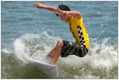 082114JTO_DSC_0614_Surfing-Vans Pro-Gabriel Farias