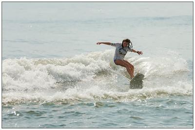 082114JTO_DSC_0153_Surfing-HI-Fi Womens Pro Semi 2