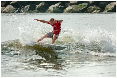 082114JTO_DSC_0005_Surfing-Vans Pro-Cody Thompson