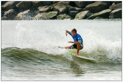 082114JTO_DSC_0025_Surfing-Vans Pro-Lucca Mesinas Novaro