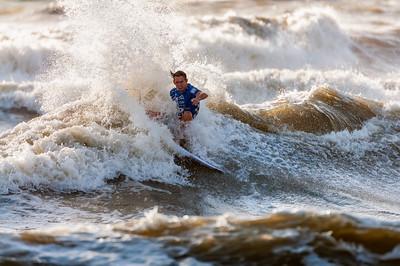 082414JTO_DSC_3084_Surfing-Vans Pro-Michael Dunphy
