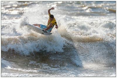 082414JTO_DSC_3253_Surfing-Vans Pro-Takumi Yasui- Rd4 Heat 3