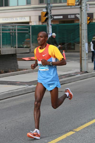 2014 Goodlife Toronto Marathon & Half Marathon