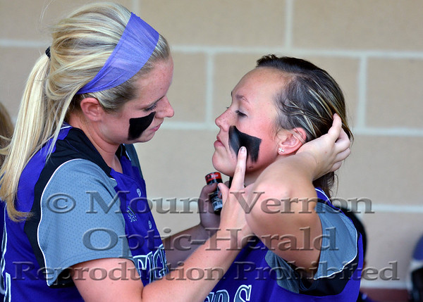 2014 Mount Vernon Lady Tigers vs Lone Oak Lady Buffs Regional Finals game one