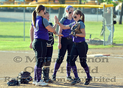 Varsity Lady Tigers vs Prairiland Lady Patriots 4-18-14