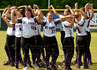 Varsity Lady Tigers vs Queen City Lady Bulldogs softball game two 4-26-14