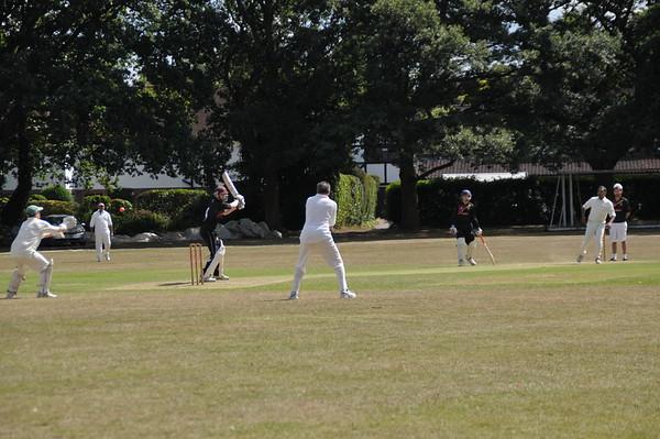 2015-07-19_Tate_Cricket_BBQ