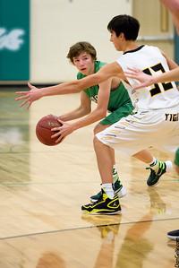 Litchfield Dragons, Boys Basketball vs Hutchinson Tigers