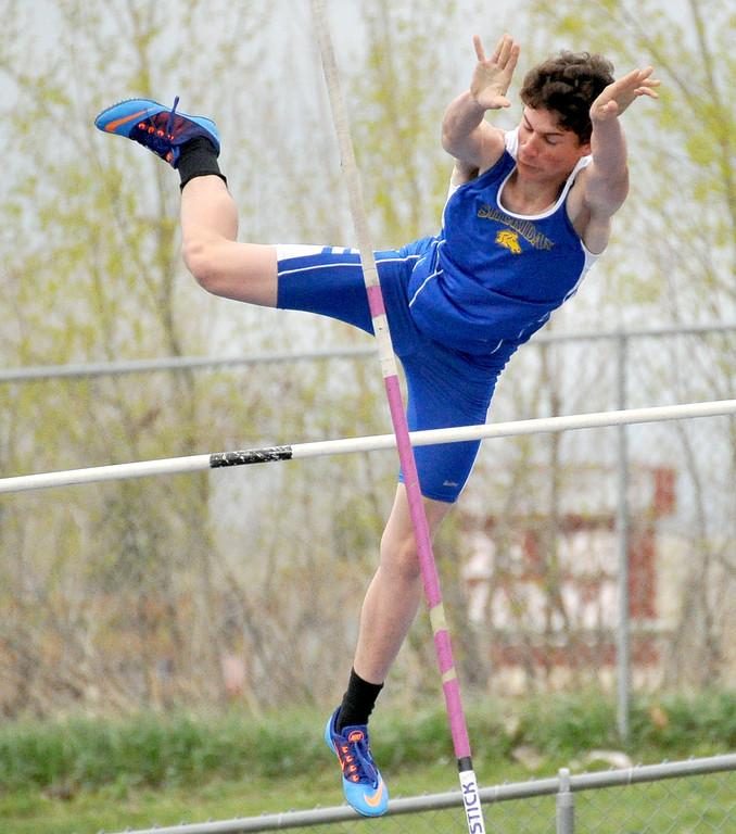 Paden Koltiska pole vaults Saturday at Sheridan High School. Mike Pruden | The Sheridan Press
