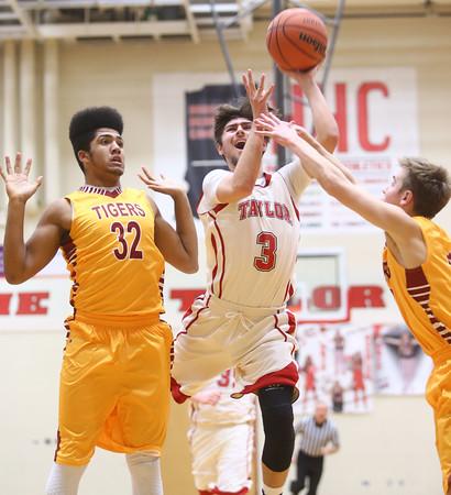 12-15-15<br /> Taylor vs Alexandria boys basketball<br /> Taylor's Malin Vazquez <br /> Kelly Lafferty Gerber | Kokomo Tribune