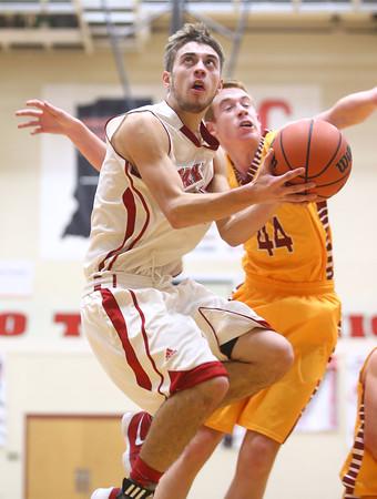 12-15-15<br /> Taylor vs Alexandria boys basketball<br /> Taylor's Darian Stone<br /> Kelly Lafferty Gerber   Kokomo Tribune
