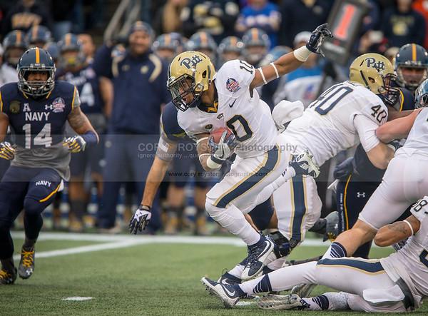NCAA Football 2015: Military Bowl Pittsburgh vs Navy DEC 28