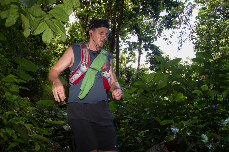 20150411-HURT-Vis-Top-of-Tantalus-Trail-Race-0145-2807.jpg
