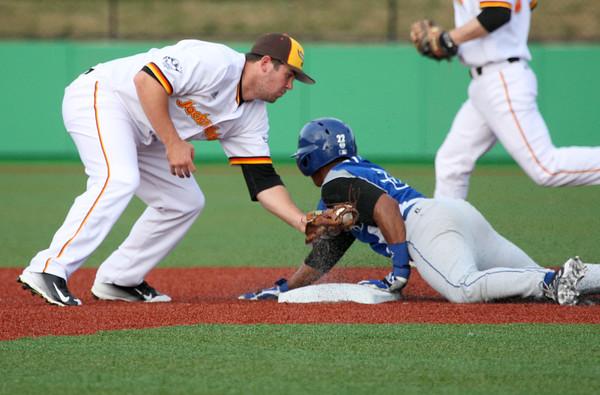 6-4-15<br /> Kokomo Jackrabbits vs Terre Haute Rex<br /> Rex's #3 gets to second safely before Jackrabbits' Milo Freeman can get the tag.<br /> Kelly Lafferty Gerber | Kokomo Tribune