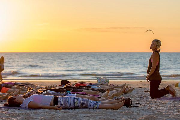 Sunset Yoga 29112015