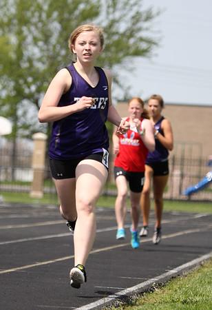5-2-15<br /> Kokomo Relays<br /> Northwestern's Samantha Pepka in the 1000 Yard Run.<br /> Kelly Lafferty Gerber | Kokomo Tribune