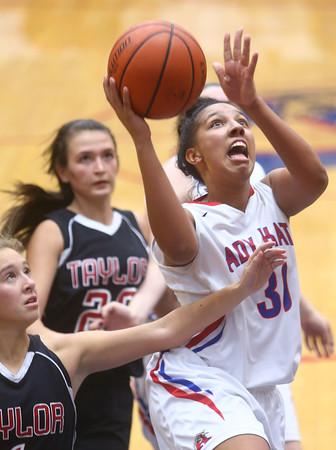 11-11-15<br /> Kokomo vs Taylor girls basketball<br /> Kokomo's Allie Lowe<br /> Kelly Lafferty Gerber | Kokomo Tribune