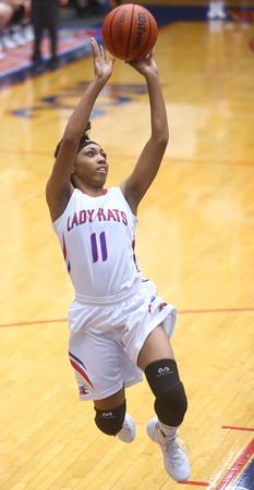 11-11-15<br /> Kokomo vs Taylor girls basketball<br /> Kokomo's Quaynika Merriweather<br /> Kelly Lafferty Gerber | Kokomo Tribune