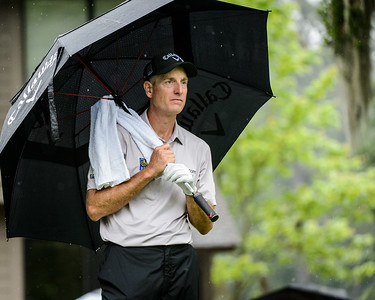 Jim Furyk waits his turn