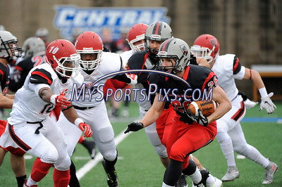 11/22/2015 ©Mike Orazzi BRIDGEWATER STATE vs. CARNEGIE MELLON in the ECAC Bowl Championship at CCSU in New Britain.