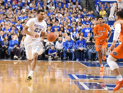 -Kentucky's Jamal Murray leads a break against Florida on Saturday.  The Wildcats defeated the Gators, 80-61.  MARTY CONLEY/ FOR THE DAILY INDEPENDENT