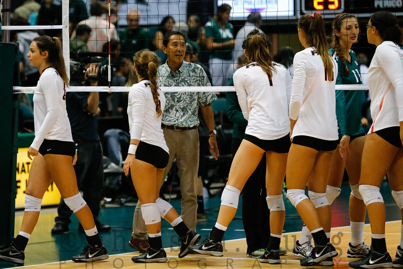 9/2/16 Stan Sheriff Center in Honolulu, HI. WVB HAL Wahine Classic UH vs Pacific. Image by Chris M. Leung