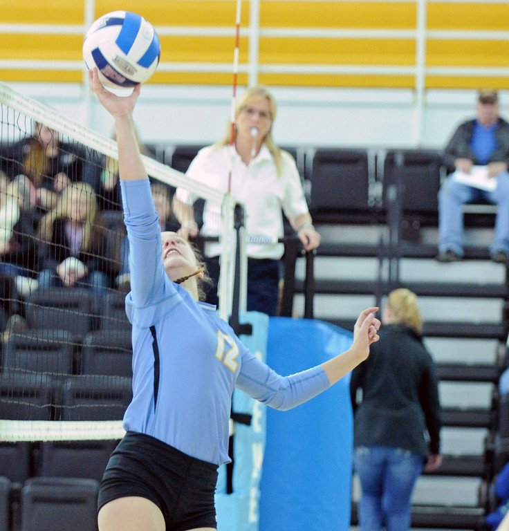 Sheridan College's Rosborg Halldorsdottir taps the ball back to a teammate on Tuesday, Oct. 18 at the Bruce Hoffman Golden Dome. Mike Pruden | The Sheridan Press