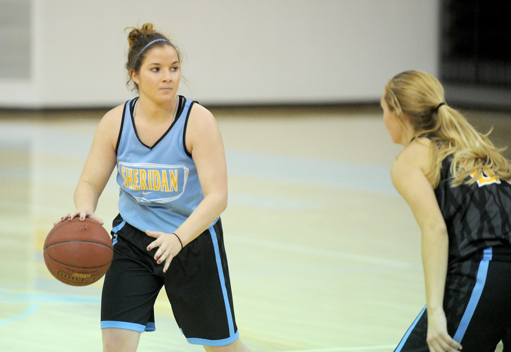 Marissa Quinlan dribbles at the top of the key during practice on Saturday, Oct. 1 at the Bruce Hoffman Golden Dome. Mike Pruden | The Sheridan Press