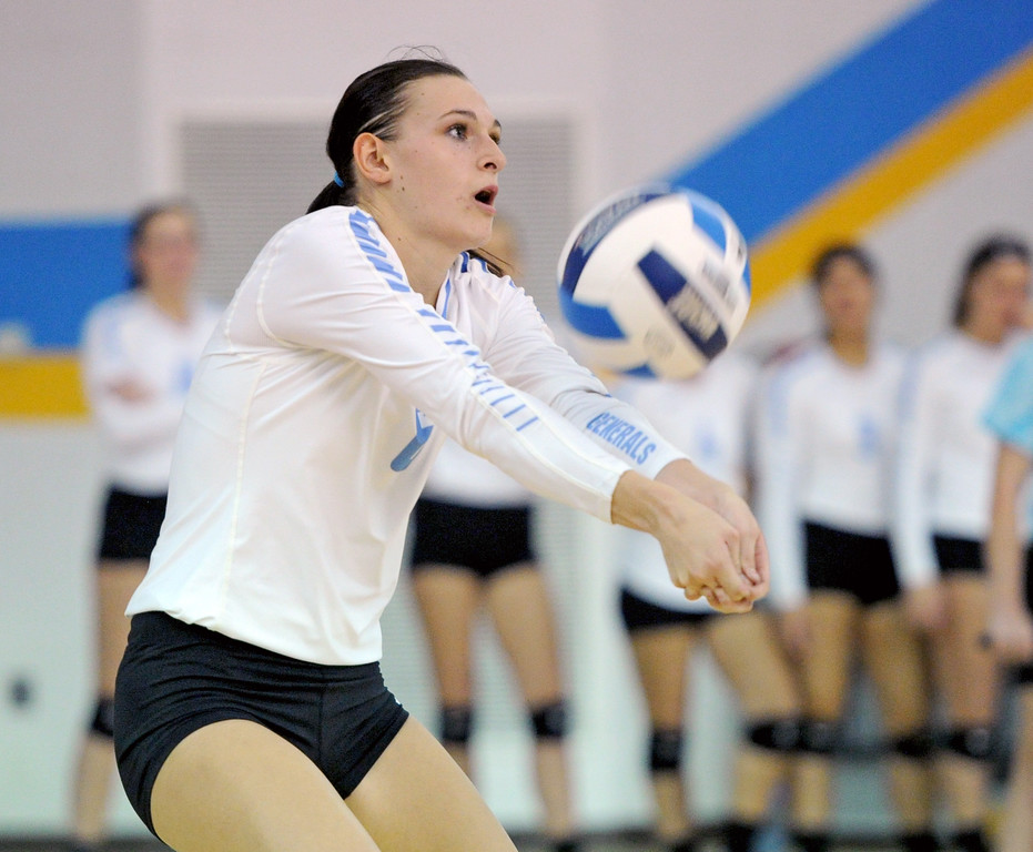 Sheridan College's Kiahlei Yaste passes the ball in a match against Casper College on Tuesday, Sept. 27 at the Bruce Hoffman Golden Dome. Mike Pruden | The Sheridan Press