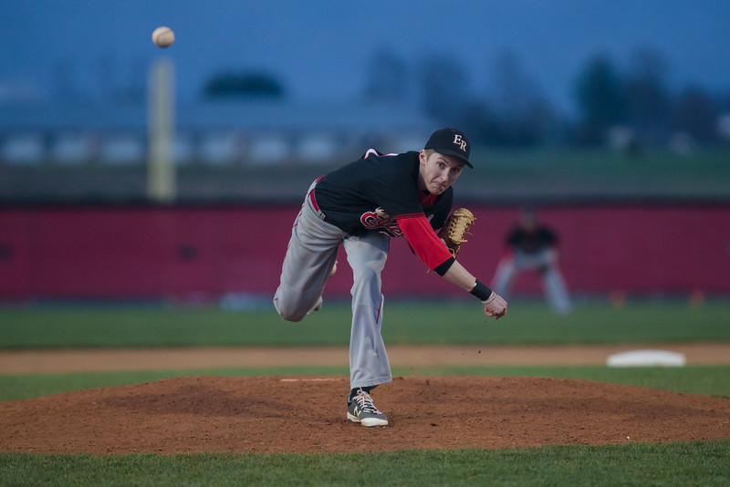 ERHS' Collin Dean pitching