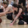 Lexi Dean reachs for a loose ball