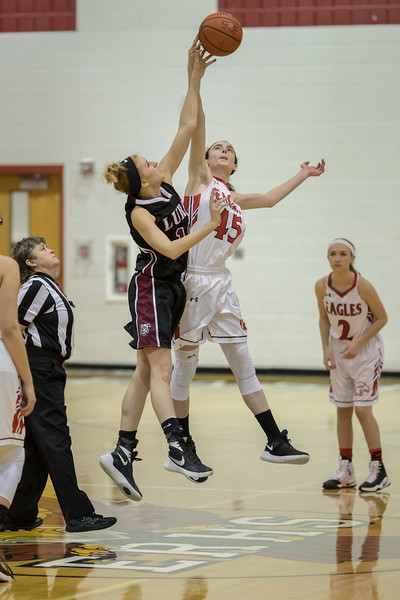 Lexi Dean and Elise Beahm fight for the jump ball