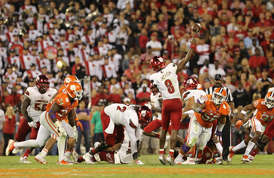 #5 Clemson vs. #3 Louisville at Memorial Stadium in Clemson,SC Saturday, October 1, 2016. Photos by Dawson Power
