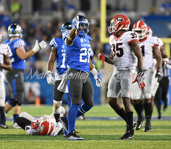 Benny Snell Jr. of Kentucky signals for a first down against Georgia on Saturday evening.  MARTY CONLEY/ FOR THE DAILY INDEPENDENT