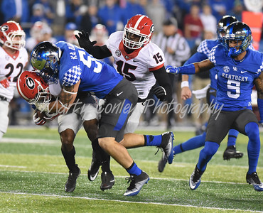 Kentucky's Kash Daniels makes a big special teams stop on Saturday evening against Georgia.  MARTY CONLEY/ FOR THE DAILY INDEPENDENT
