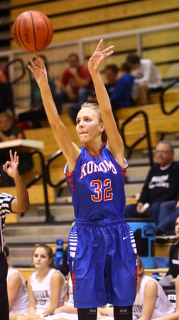 12-6-16<br /> Kokomo vs Western girls basketball<br /> Brittany Barnard shoots.<br /> Kelly Lafferty Gerber | Kokomo Tribune
