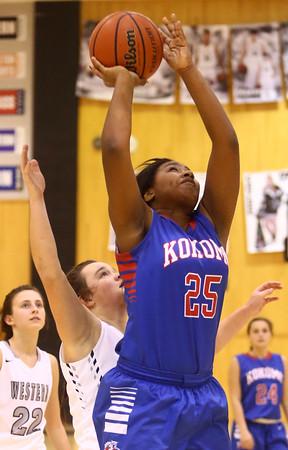 12-6-16<br /> Kokomo vs Western girls basketball<br /> Aubrion Woodard shoots.<br /> Kelly Lafferty Gerber | Kokomo Tribune