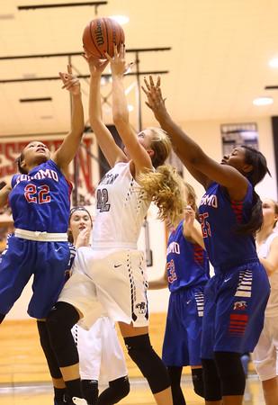 12-6-16<br /> Kokomo vs Western girls basketball<br /> Western's Tessa Sanders grabs a rebound.<br /> Kelly Lafferty Gerber | Kokomo Tribune