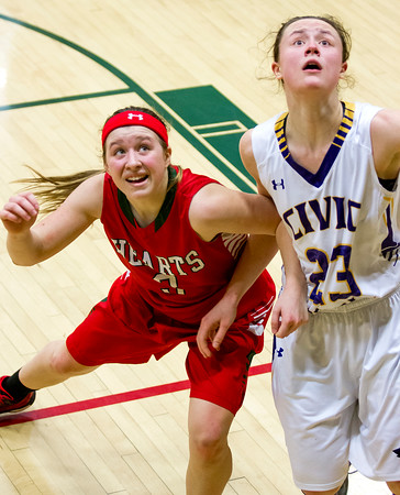 FIRST TEAM<br /> Carsyn Fearday<br /> Effingham • Freshman guard<br /> 2015-16 Statistics<br /> 14.1 PPG, 4.8 RPG, 2.3 APG, 1.4 SPG<br /> Awards/Honors<br /> All-Apollo Conference, All-Effingham Girls Basketball Tournament Team, All-Charleston Holiday Tournament Team, All-Bob Kerans Holiday Tournament Team, IBCA Class 3A/4A All-State Special Mention
