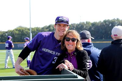 2016 2-13 People Shots From TCU Baseball Alumni Game