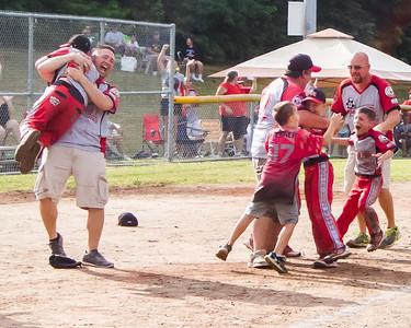 JOE COLON/CHRONICLE North Ridgeville Aut-O-Rama celebrates a state title.