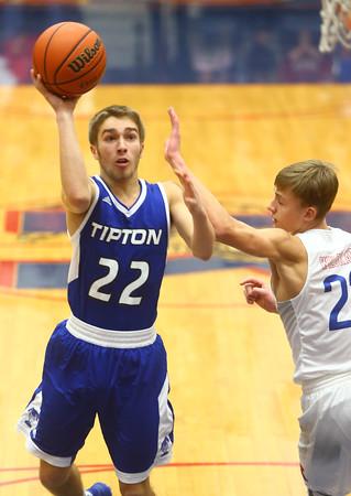 1-23-16<br /> Kokomo vs Tipton boys basketball<br /> Tipton's Jon Ross<br /> Kelly Lafferty Gerber | Kokomo Tribune