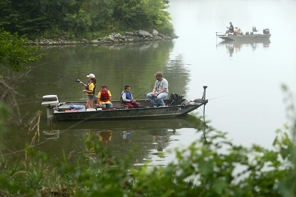 Kids Fishing Clinic participants fish out at the Kokomo Reservoir on Saturday, July 30, 2016.<br /> Kelly Lafferty Gerber | Kokomo Tribune