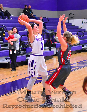 Mount Vernon Varsity Lady Tigers vs Chisum Lady Mustangs Basketball photos