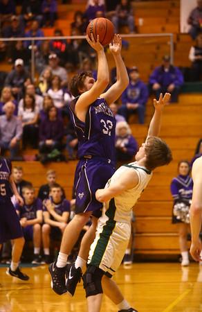 3-4-16<br /> Northwestern boys sectional bball<br /> Northwestern's Noah Dowden<br /> Kelly Lafferty Gerber | Kokomo Tribune